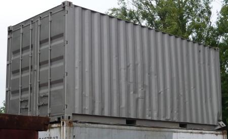 20er container gebraucht wind und wasserdicht als lagercontainer. Black Bedroom Furniture Sets. Home Design Ideas